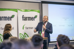 Dr Wilczok: Czy rolników stać na przewracanie gleby pługiem?