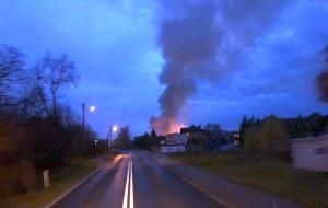 Pożar i słup gęstego dymu widać było z odległości wielu kilometrów,  Foto: OSP Nietków
