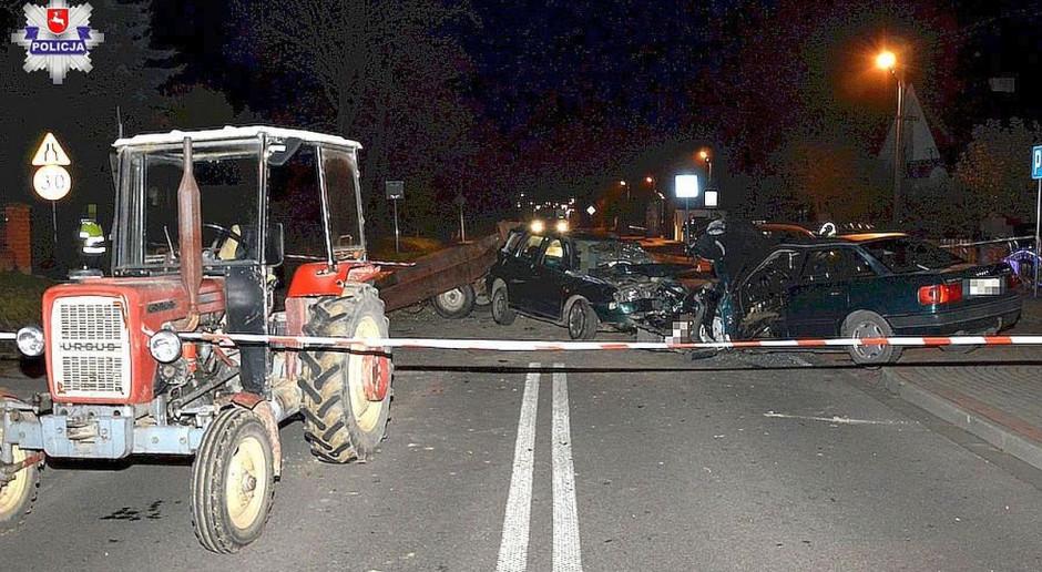 """Troje rannych w wyniku wyprzedzania ciągnika. Traktorzysta """"pod wpływem"""""""