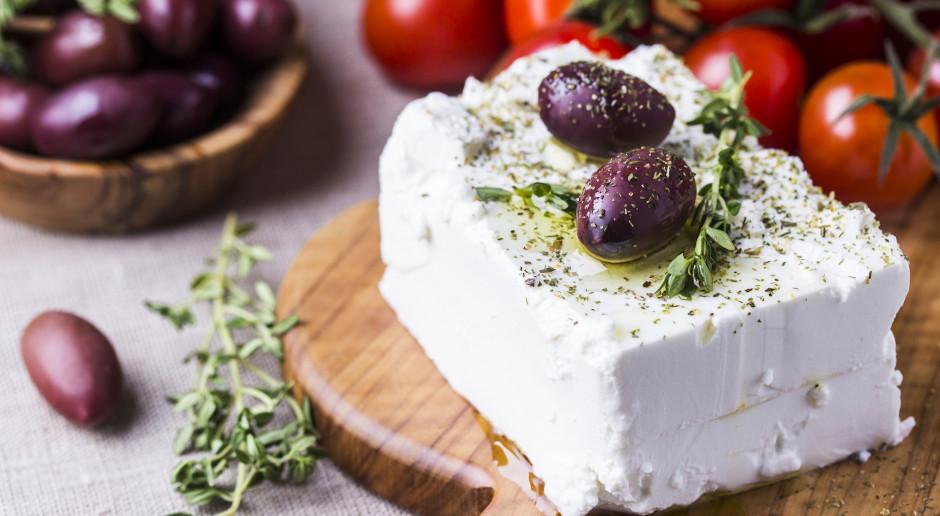 KE wytacza sprawę Danii za wykorzystywanie nazwy sera feta