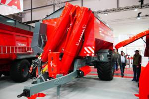 Nowy Bizon 16 zaprezentowany podczas tegorocznej wystawy Agritechnica, fot. mw