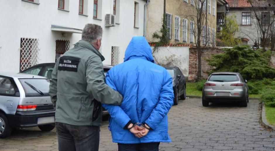 Aresztowany za nielegalny obrót paliwem