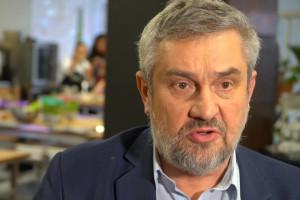 """Ardanowski: Powstaje lista organizacji, które z odbierania""""maltretowanych"""" zwierząt zrobiły biznes"""