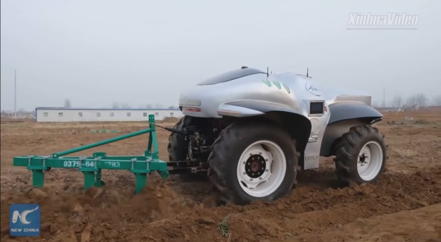 Super Tractor I. Chiński prototyp autonomicznego ciągnika elektrycznego