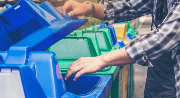 Badanie: Trzech na czterech Polaków segreguje śmieci