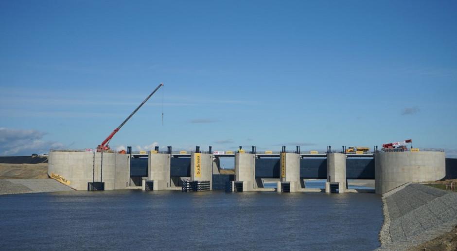 Zbiornik Racibórz Dolny będzie gotowy w tym miesiącu. Wody Polskie raportują o sukcesach