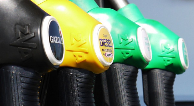 Cena oleju napędowego rośnie. Diesel droższy, niż benzyna