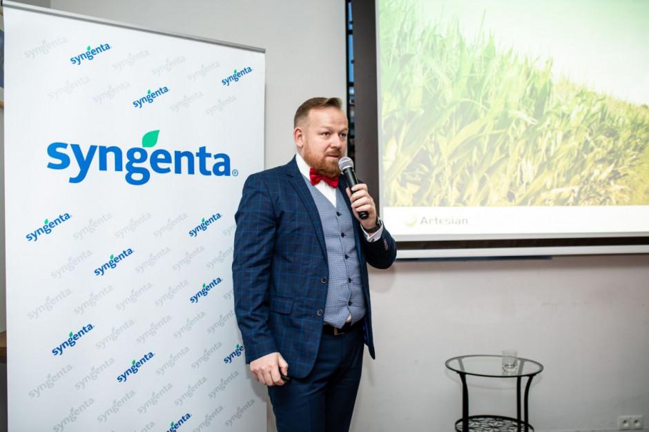 Dariusz Sip omówił m.in. nowe odmiany kukurydzy w ofercie firmy, fot. Syngenta