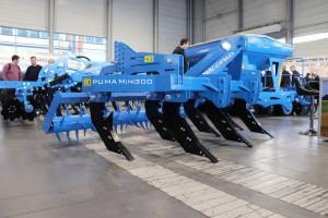 Ważący 1200 kg pług dłutowy Puma Mini 300 z wałem kolczastym został wyceniony na 14 tys. zł netto. fot. Tomasz Kuchta