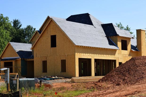 Nowe prawo budowlane: inwestycje tylko z obowiązkiem zgłoszenia