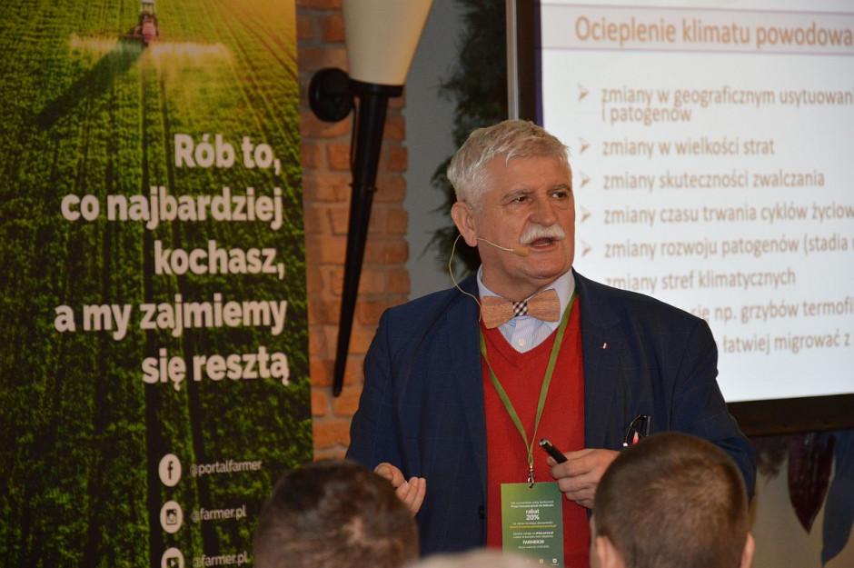 """Prof. dr hab. M. Korbas na konferencji Farmera """"Przez innowacyjność do sukcesu"""" w Opalenicy ; Fot. Katarzyna Szulc"""