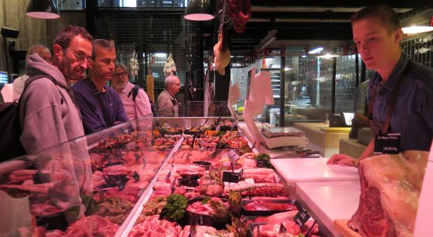 Podatek od mięsa żeruje na naiwności konsumentów