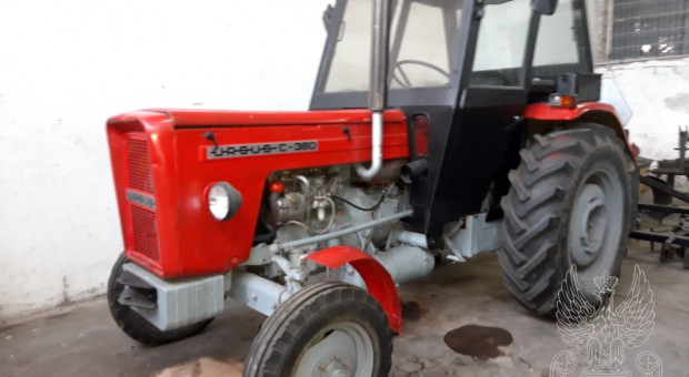 Ciągniki i maszyny rolnicze z demobilu