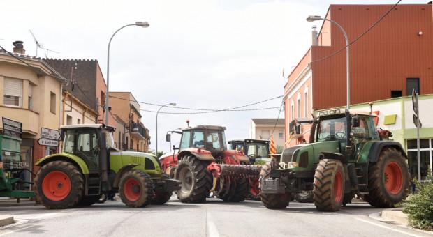 Protesty hiszpańskich rolników w Madrycie i prowincji Tarragona