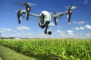 Drony coraz częściej wspomagają rolników, mat. prasowe