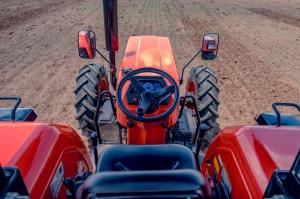 E-Kubota to proste ciągniki do ciężkiej pracy na afrykańskich polach, fot. mat. prasowe