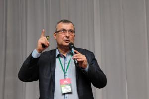 Prof. Jarosław Potarzycki z Uniwersytetu Przyrodniczego w Poznaniu