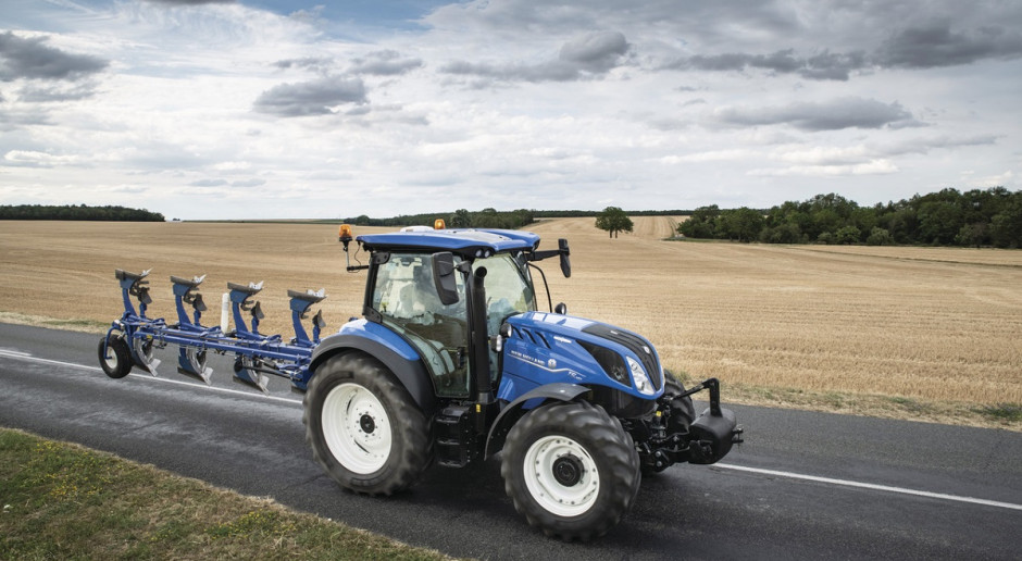Blue Power, czyli New Holland T5 premium