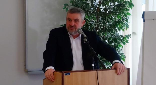 Ardanowski: Produkcja mleka musi być dostosowana do możliwości zbytu