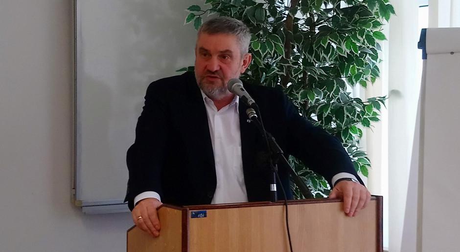 Minister o uzależnieniu dopłat do TUZ od minimalnej obsady zwierząt