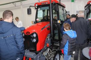 Ciągniki Kraft na targach Agro-Park w Lublinie. Zainteresowanie maszynami było spore, fot.kh