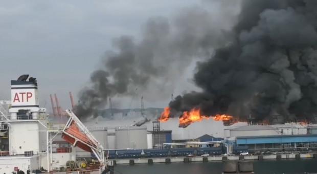 Ugaszono pożar Bałtyckiego Terminalu Zbożowego