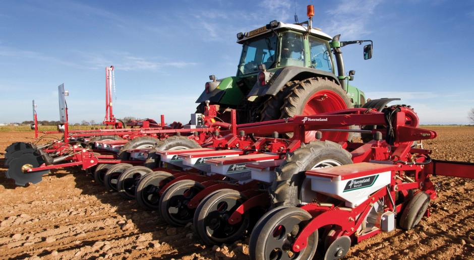 Ceny usług rolniczych - wiosenne prace polowe; środkowy pas Polski