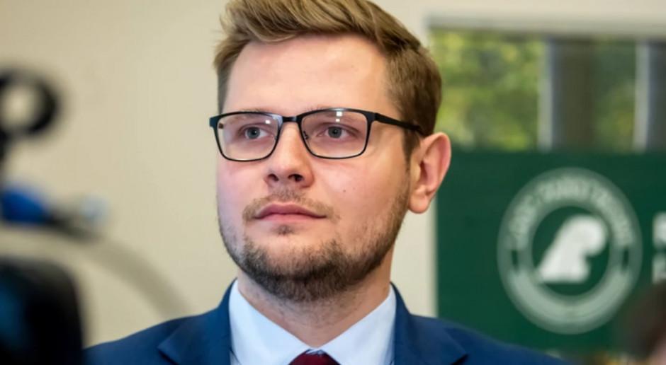 Minister środowiska zarażony koronawirusem