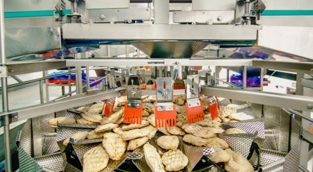 SuperDrob przekazuje pół tony żywności dla seniorów i potrzebujących