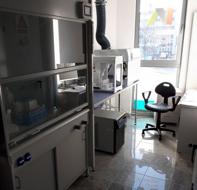 W Instytucie Agronomicznym Fertico przeprowadzane są precyzyjne badania oraz analizy.
