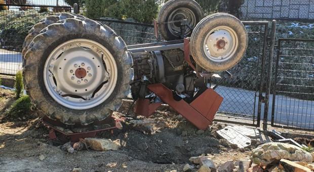Rolnik zginął przygnieciony traktorem
