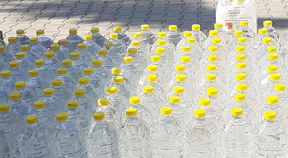 Łódzka KAS przekaże 8 tys. litrów alkoholu do szpitali