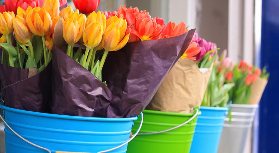 Bronisze: Spory ruch w handlu kwiatami przed Dniem Kobiet