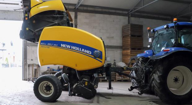 Maszyna okiem użytkownika: prasa New Holland Roll-Belt 150 CropCutter