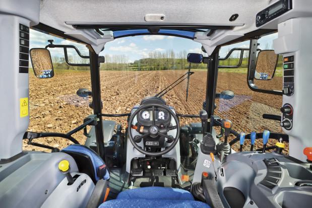 Przegląd ciągników o mocy 65-70 KM. Opis i ceny