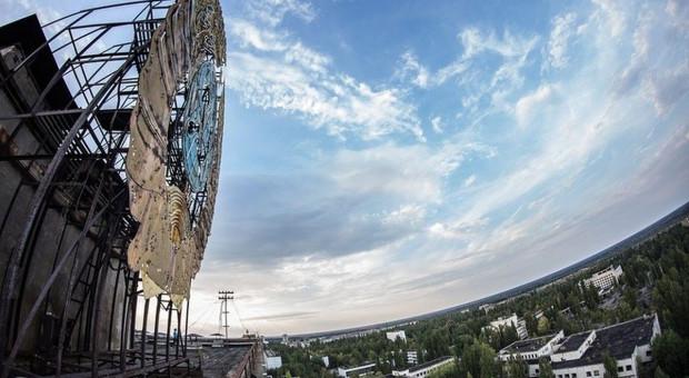 Ukraina: Płonie las wokół dawnej elektrowni atomowej w Czarnobylu