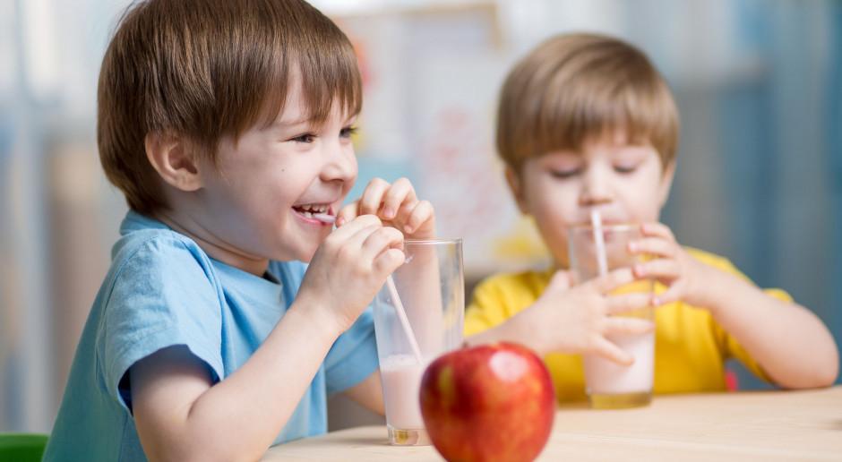 UE: 250 mln euro na mleko, owoce i warzywa w szkole