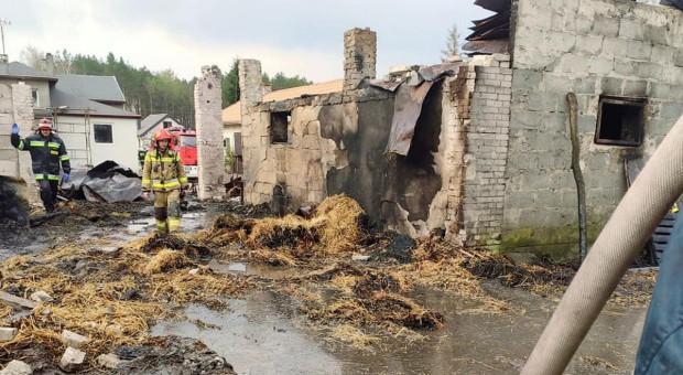 Z dymem poszły trzy stodoły