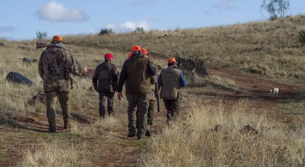 FACE za udziałem dzieci w polowaniach w Polsce