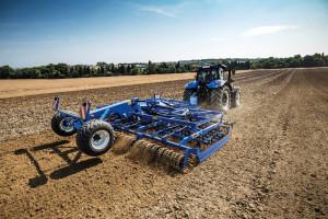 Trzy nowe modele kultywatorów uprawowych New Holland SGX