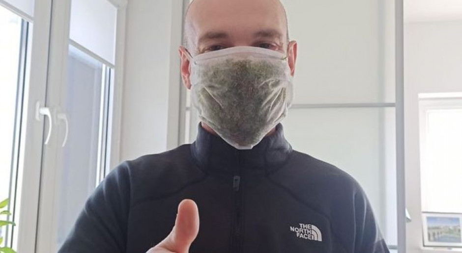 Naukowcy SGGW opracowali maskę z roślin chroniącą przed wirusami