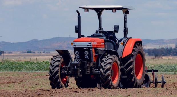 Kubota kupuje akcje Farmtrac'a