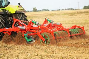 """Runner 3.0 – test """"Farmera"""": agregat Agro-Masz"""