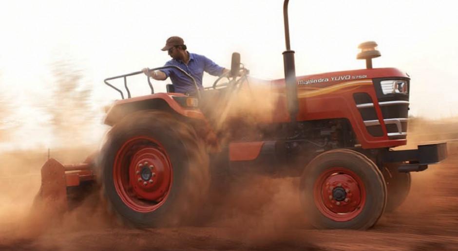 """Mahindra """"rządzi"""" na rynku ciągników w Indiach"""