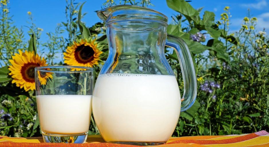 USA: Nadmiar mleka, jako pomoc charytatywna