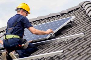 Im droższy jest zakup energii, a niższy koszt jej pozyskiwania tym szybciej zwróci się inwestycja, Foto: Hewalex