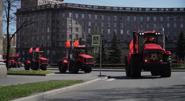 Parada Kirowców z okazji Dnia Zwycięstwa