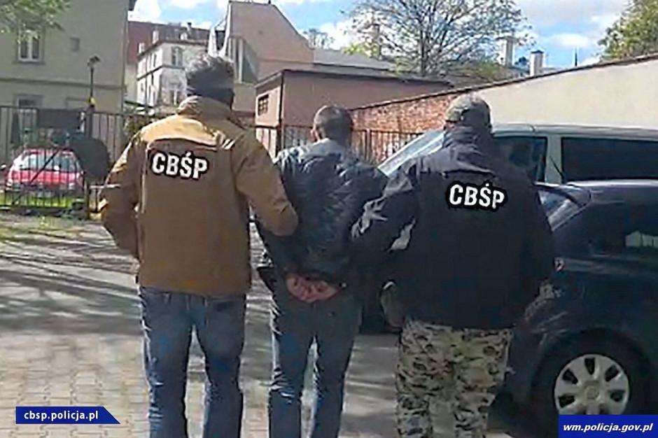 Policja zatrzymała 8 osób zamieszanych w przestępczy proceder, Foto: Policja