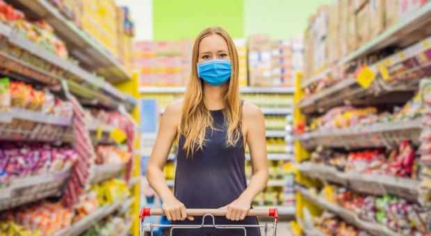 Pandemia spowodowała wzrost obrotów rynku spożywczego. Teraz klienci szukają oszczędności