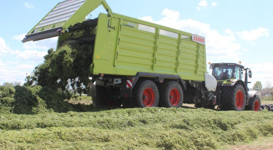 Prosto z pola - przyczepa samozbierająca Claas Cargos 8500
